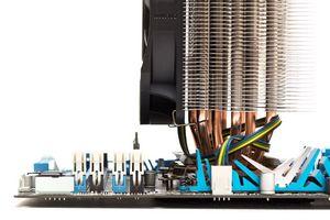 Cooler master выпустила процессорный кулер v6-gt