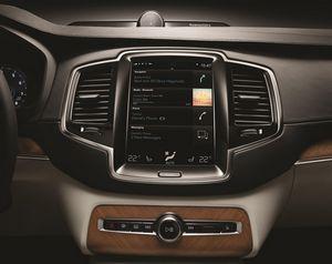 Дистанционное управление функциями в автомобиле volvo станет доступно через apple watch