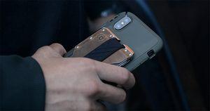 """""""Ион"""" решил продавать iphone без спроса"""