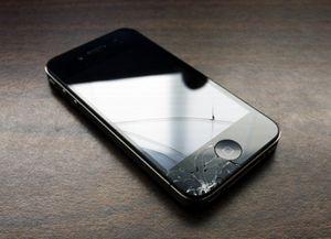 Iphone 4 бьется почти вдвое чаще, чем iphone 3gs