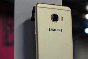 Компания samsung продает треть всех смартфонов на современном рынке
