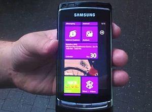 Microsoft выпустила 1,5 млн смартфонов за полтора месяца