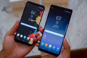 Мобильники приобретают новые формы