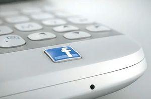 Назван срок выхода смартфона facebook