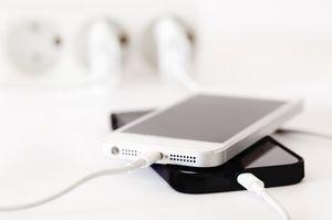 Названы 7 лучших способов испортить батарею iphone