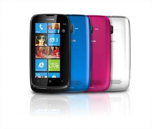 Nokia обновила symbian и представила 2 новых смартфона. фото