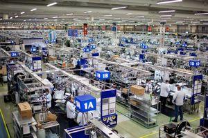 Nokia строит завод во вьетнаме
