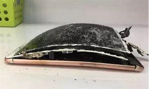 Новый iphone 7 взорвался от падения на землю. фото