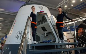 Очередной космический турист готов к полету
