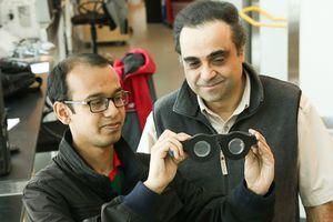 Очки с жидкими линзами сами фокусируются на нужном объекте (3 фото)