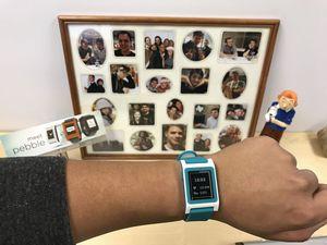Pebble прекратил выпускать смарт-часы (6 фото)