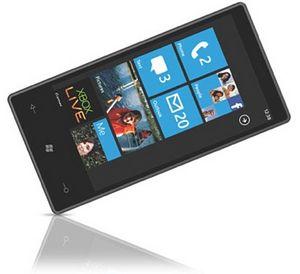 Первый смартфон на windows phone 7 приедет в россию осенью