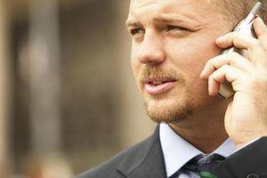 Продавцов обяжут указывать величину излучения мобильников