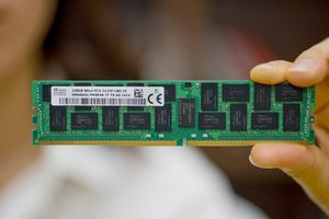Samsung начинает массовый выпуск первых в отрасли модулей памяти ddr4 на базе технологии 3d tsv