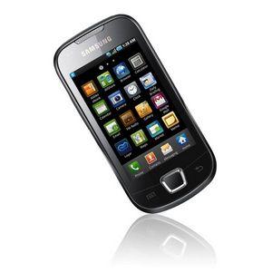 Samsung представляет в украине два новых android-смартфона