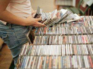 Sony закрывает завод по выпуску компакт-дисков