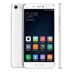 «Связной»: смартфоны xiaomi предзаказывают больше других а-брендов