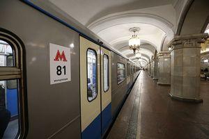 В московском метро появятся розетки для зарядки смартфонов и планшетов