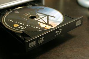 В продажу выходят blu-ray-диски на 100 гб