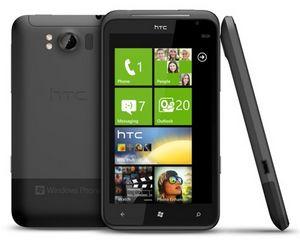В россии начались продажи htc titan на windows phone 7.5
