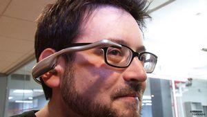 Воровать google glass будет бессмысленно